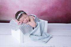 Naissance-Bébé-seul-25